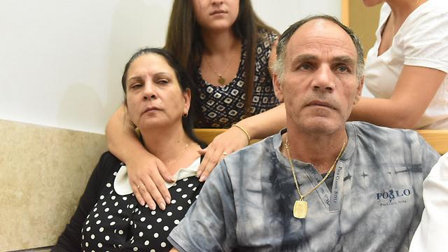 ההורים יעקב ואילנה דדון בבית המשפט (צילום: אביהו שפירא) (צילום: אביהו שפירא)