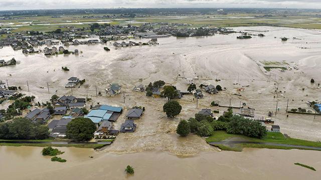 השטפונות ביפן (צילום: Kyodo News via AP)