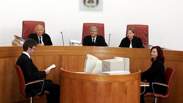 עם נשיאי בית המשפט העליון לשעבר אהרן ברק ודורית ביניש (צילום: בועז אופנהיים) (צילום: בועז אופנהיים)