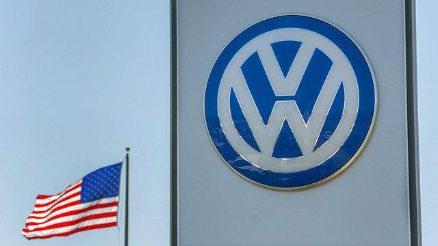 """בארה""""ב הבדיקות קשוחות יותר. משרדי יצרנית הרכב בסן דייגו (צילום: רויטרס) (צילום: רויטרס)"""