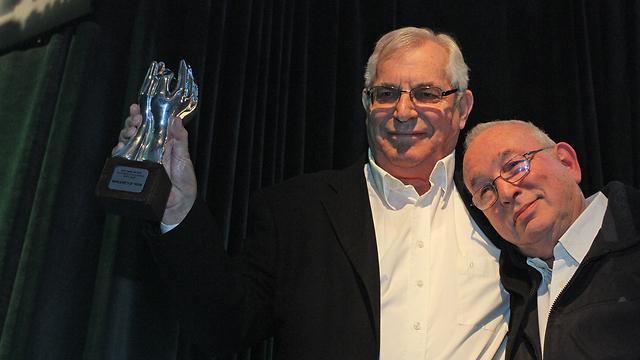 Kirschenbaum side by side with Yaron London (Photo: Ofer Amram)