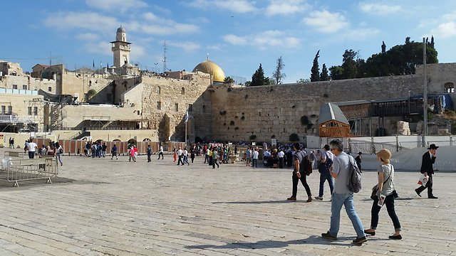 The temple mount. One of the places where dangerus friction occures (Photo: Eli Mandelbaum)