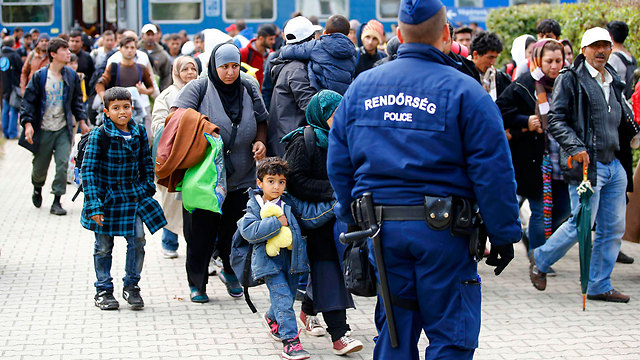 Refugees arriving in Hungary (Photo: Reuters)