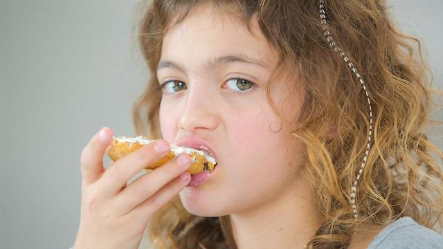הימנעו משיחות על דיאטה (צילום: shutterstock) (צילום: shutterstock)