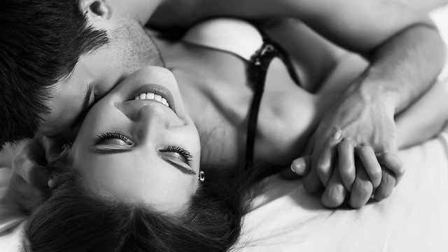 כמעט 40% מהנשים חוות יותר מאורגזמה אחת בכל פעם שהן מקיימות יחסים (צילום: Shutterstock) (צילום: Shutterstock)