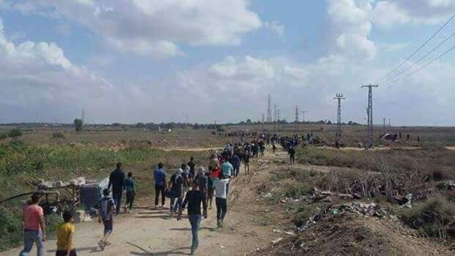 A 2015 Palestinian march near Erez Crossing