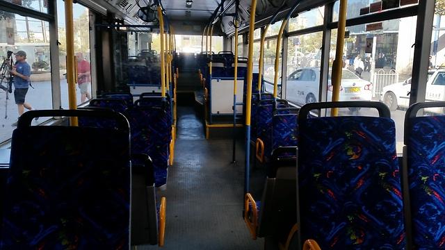 Empty buses in Jerusalem (Photo: Eli Mendelbaum)