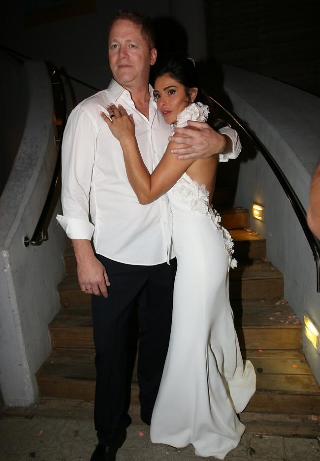 פרק ב' אחרי התהילה. קסרי ובעלה גל ארז ביום חתונתם (צילום: ענת מוסברג)