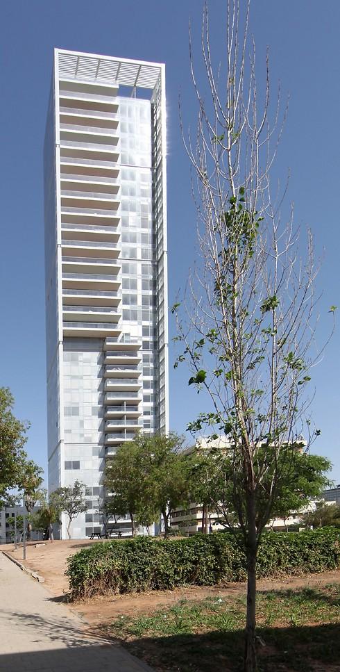 מגדל רמז בתל-אביב (צילום: פרופ' משה צור - אדריכל ובונה ערים) (צילום: פרופ' משה צור - אדריכל ובונה ערים)