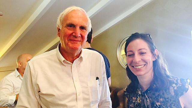מייסדת הסטארטאפ ג'ני דרזין עם סגן ראש העיר לונדון, אד ליסטר