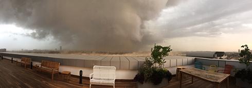 Stormy weather in Petah Tikva (Photo: Guy Yohananof)