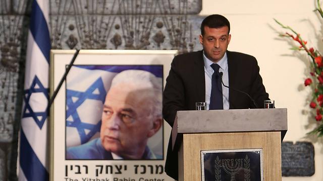 """הנכד יונתן בן ארצי. """"המציאות משתנה"""" (צילום: AFP) (צילום: AFP)"""