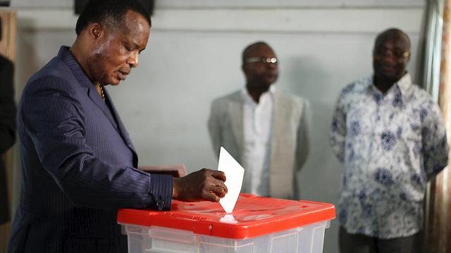 משנה את החוקה לטובתו. נשיא הרפובליקה של קונגו דניס ססו נגוסו (צילום: רויטרס) (צילום: רויטרס)