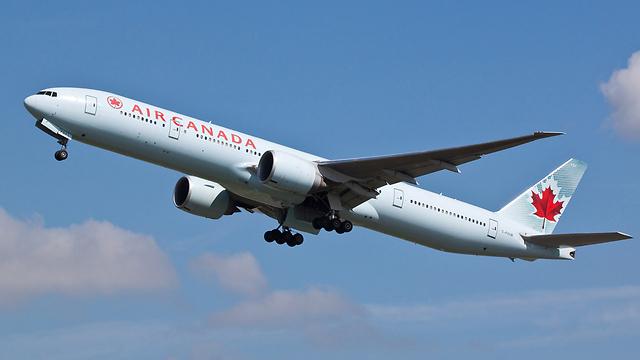 Air Canada (Photo: Shutterstock)