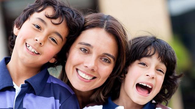 שימו לב למסרים שאתם מעבירים לילדים (צילום: shutterstock) (צילום: shutterstock)