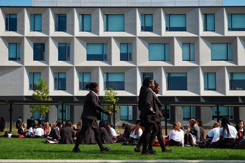 מה העניק לפרויקט הזה פרס אדריכלות היוקרתי? לחצו על התצלום (צילום: Timothy Soar  )