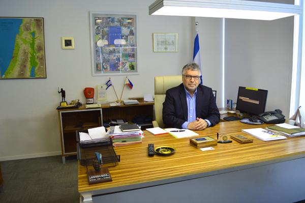 לשכת השגריר, אפי בן-מתתיהו (צילום: שי ילין)