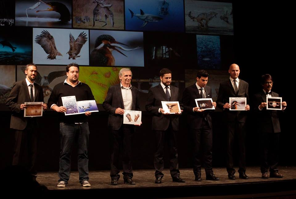 נבחרת הצלמים הזוכים בטקס. גליץ (משמאל) (צילום: Siena International Photo Awards)