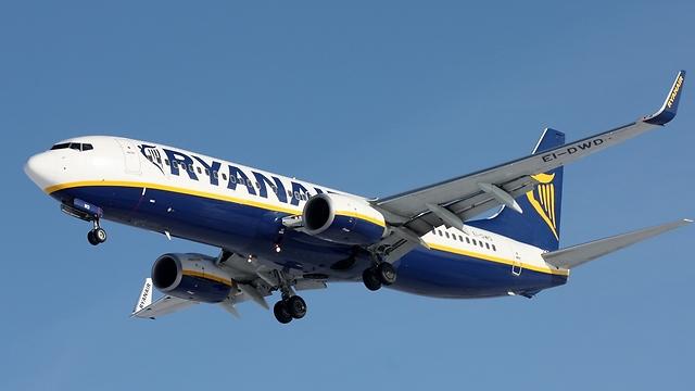 מטוס ריינאייר (צילום: shutterstock) (צילום: shutterstock)