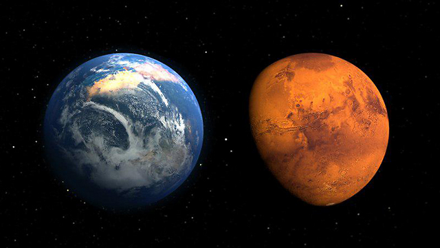 """מאדים וכדור הארץ (צילום: נאס""""א)"""