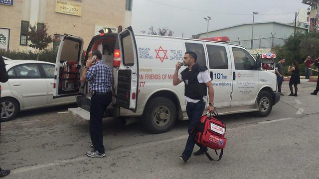 מקום הפיגוע בשער בנימין  (צילום: איציק כהן מדברים תקשורת) (צילום: איציק כהן מדברים תקשורת)