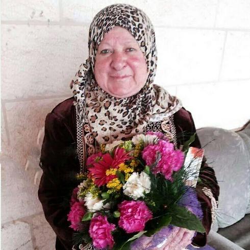 הנהגת בת ה-72 שניסתה לדרוס חיילים ונורתה ()