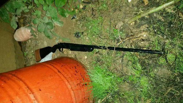 הרובה שבו השתמש המחבל (צילום: תקשורת שב''כ) (צילום: תקשורת שב''כ)