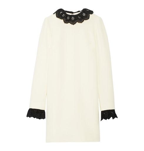 """במה כדאי להשקיע: שמלה של טופשופ ב-895 ליש""""ט או שמלה של ויקטוריה בהקאם (בתמונה) ב-633 שקל? (מתוך net-a-porter.com)"""