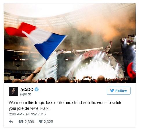 "AC/DC. ""מתאבלים על האובדן הטראגי"" ()"