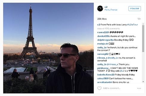 לארי מולן, מתופף U2, בתמונה מפריז ()