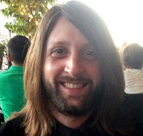 ניק אלכסנדר. חבר צוות הלהקה שנרצח בפיגוע (צילום: טוויטר) (צילום: טוויטר)