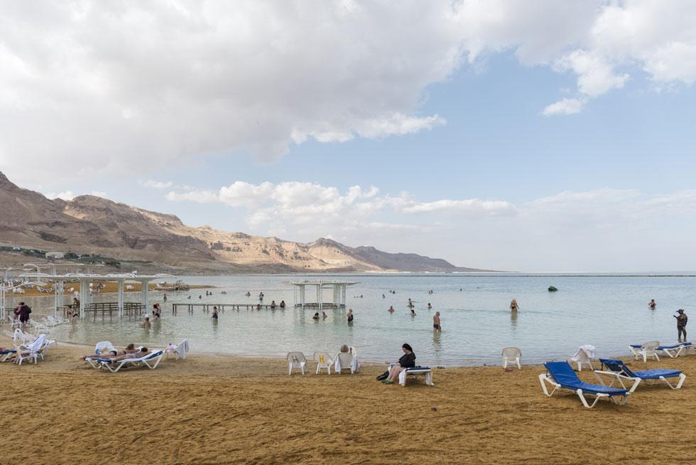 חוף עין בוקק אחרי החידוש (צילום: אלי סינגלובסקי)