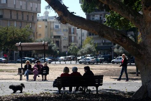 הפאה המערבית של הכיכר תוקדש למבנה ציבור ענק, גדול בהרבה מהיכל התרבות. מה הוא יהיה? (צילום: אוראל כהן, כלכליסט)