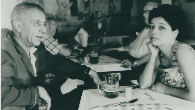יחסים סבוכים. עם האב, נתן אלתרמן (צילום:IPAA)