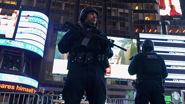 File photo of police on high alert in Times Square (Photo: Reuters)
