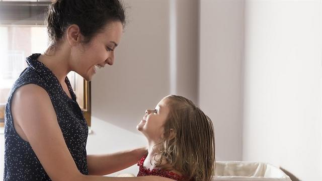 """""""את ילדה מאוד יצירתית"""" (צילום: shutterstock) (צילום: shutterstock)"""