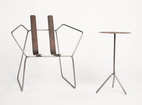 תפיסה מינימליסטית ברהיטים שמציג ניל ננר ב''סאגה'' (צילום: שחר פליישמן)