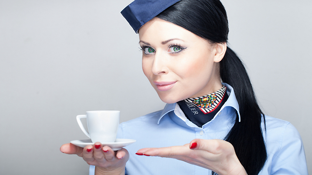 לדיילים שלכם תפקיד גדול מהגשת קפה. זכרו זאת (צילום: shutterstock)