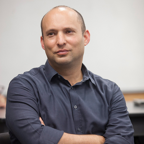 Bennett only growing stronger, despite Yinon Magal affair (Photo: Motti Milrod)
