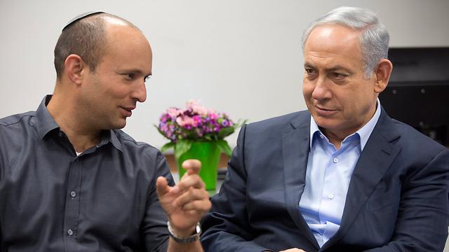 Naftali Bennett and Prime Minister Benjamin Netanyahu (Photo: Motti Milrod)