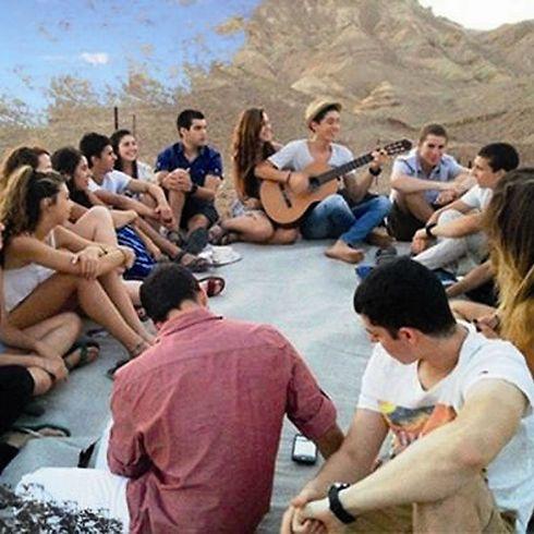 תלמידי המכינה - בדרך לשירות משמעותי (צילום: טוני ליס)