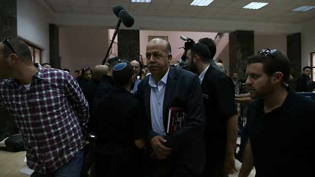 """האב חוסיין אבו חדיר, הבוקר בבית המשפט (צילום: אוהד צויגנברג  """"ידיעות אחרונות"""") (צילום: אוהד צויגנברג"""