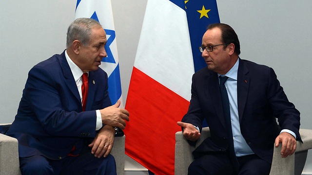 Netanyahu and Hollande meet in Paris (Photo: GPO/File)