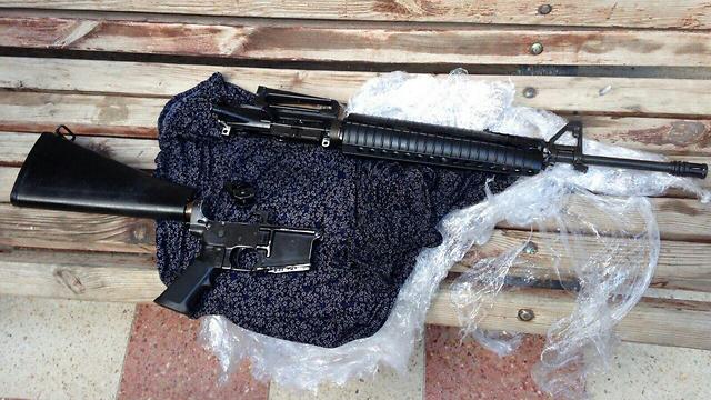 נשק שנתפס במהלך הפעילות במחנה הפליטים (צילום חטיבת דובר המשטרה) (צילום חטיבת דובר המשטרה)