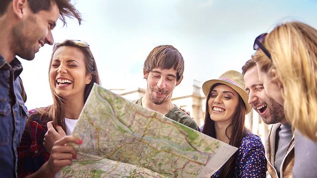 שווה? לטייל בארבע ערים בכאלף שקלים (צילום: shutterstock) (צילום: shutterstock)
