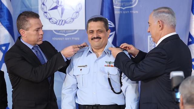 Alsheikh, Netanyahu, and Erdan at the ceremony. (Photo: Gil Yohanan) (Photo: Gil Yohanan)
