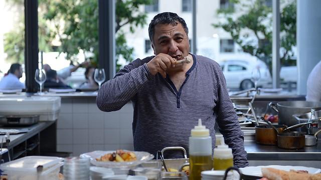 """השף מנשנש, מסעדת """"יפו תל אביב"""" (צילום: ירון ברנר)"""