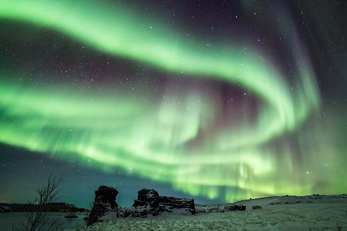 The Northern Lights above Myvtan Lake, Iceland (Photo: Erez Marom)