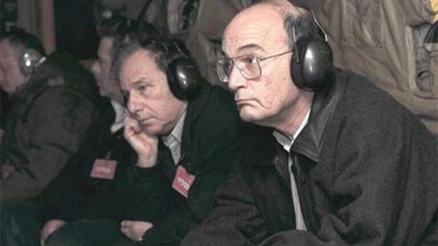 """1995: לצד אמנון רובינשטיין  (צילום: אבי אוחיון, לע""""מ) (צילום: אבי אוחיון, לע"""