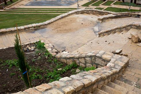 הטענה היא שאין שום זיקה בין הפארק החדש לשכונות הערביות הסמוכות (צילום: דור נבו)